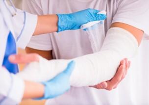剥離骨折の症状と治療