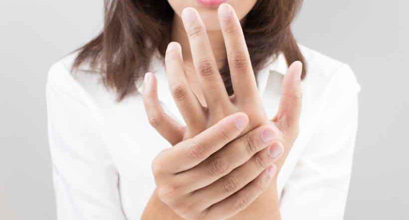 バネ指の治し方
