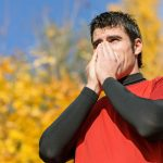 スポーツ選手はなぜ風邪を引きやすいのか?免疫を高める運動とケア方法